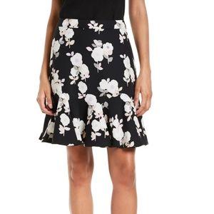 𝗞𝗔𝗧𝗘 𝗦𝗣𝗔𝗗𝗘 Posy Floral Flounce Skirt